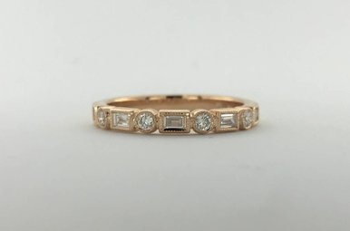 18k Rose Gold .13ctw Diamond Round/Baguette Milgrain Stackable Wedding Band (Size 6.5)
