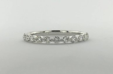 14k White Gold .53ctw Diamond Single Prong Stackable Wedding Band (Size 6.5)