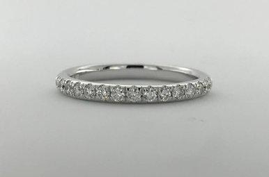14k White Gold .24ctw Diamond Stackable Wedding Band (Size 6.5)