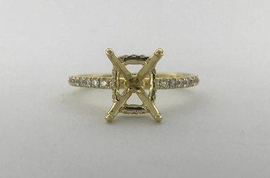 18k Yellow Gold .26ctw Diamond Semi Mount Diamond Basket (7x9 CTR) Engagement Ring (Size 6)