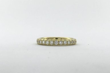 18k Yellow Gold .40ctw Diamond French-set Stackable Wedding Band (Size 6)