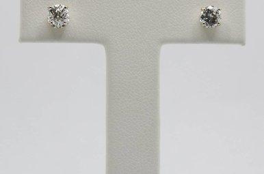 14kw .65ctw Round Brilliant Diamond Stud Earrings