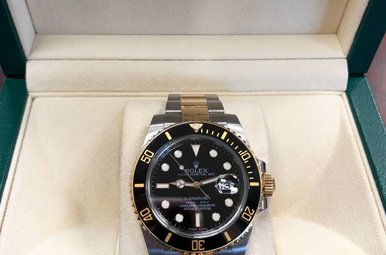 Gents 18ky & Stainless Preowned Rolex Submariner with Black Bezel & Dial
