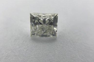 0.72ct H/SI3 EGL Princess Cut Diamond