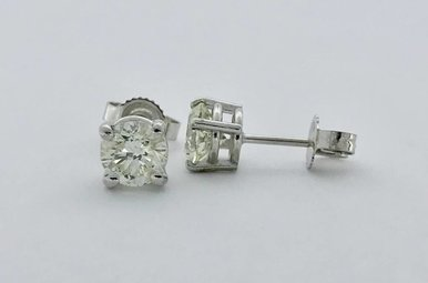 14k White Gold 1.03ctw Diamond Stud Earrings