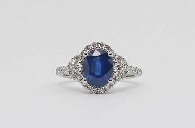 14kw .65ctw-Dia 2.08ct-Sa Oval Blue Sapphire & Round Brilliant Diamond Ladies Ring