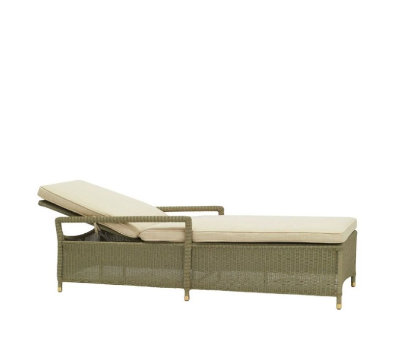 SOUTHAMPTON ADJUSTABLE CHAISE W/ CUSHION