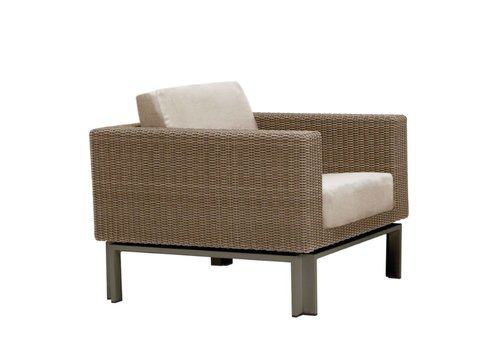 BROWN JORDAN IL VIALE LOUNGE CHAIR WITH GRADE A FABRIC