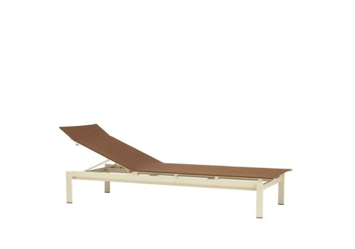 BROWN JORDAN SWIM ADJUSTABLE CHAISE WITH GRADE A SLING
