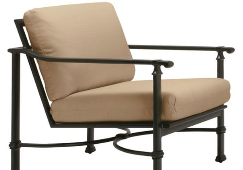 BROWN JORDAN FREMONT LOUNGE CHAIR WITH GRADE A FABRIC