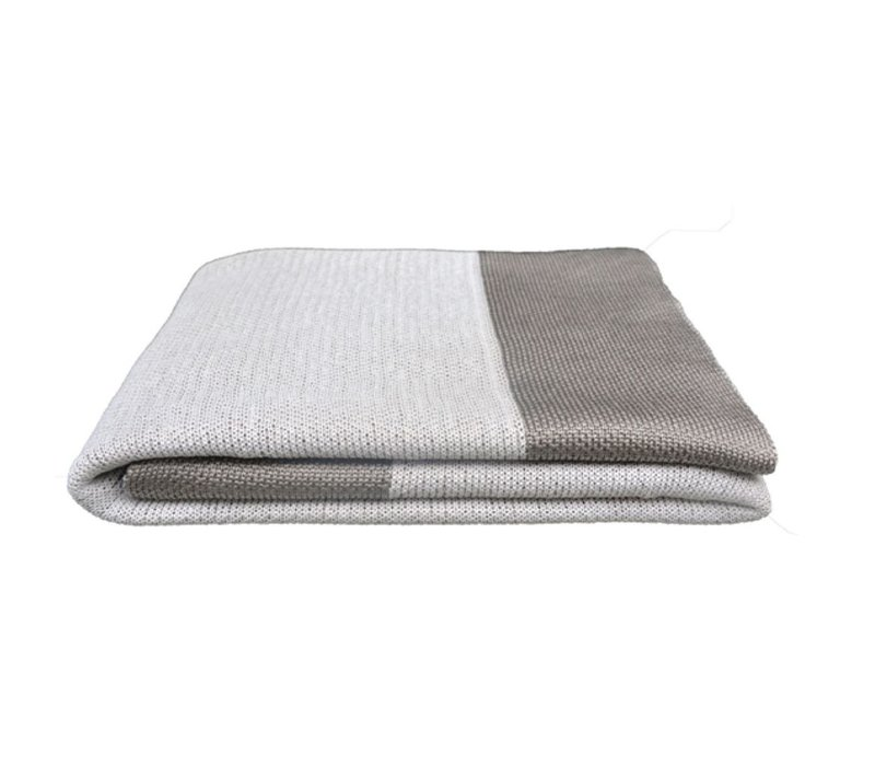 PLAID THROW IN DUSTY WHITE COLOR