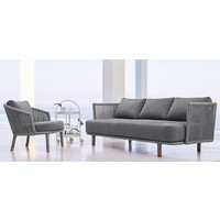 MOMENTS LOUNGE CHAIR