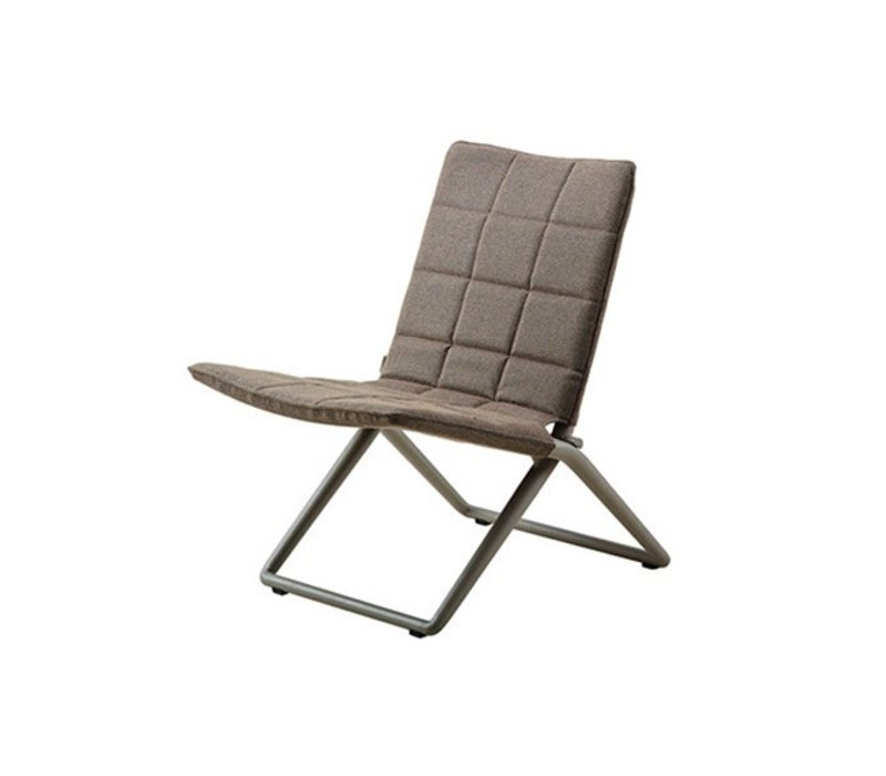 TRAVELLER FOLDING LOUNGE CHAIR, BROWN CANE-LINE SOFTTOUCH