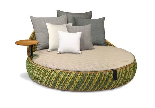 DEDON DALA LOVESEAT IN COLOR GRASS