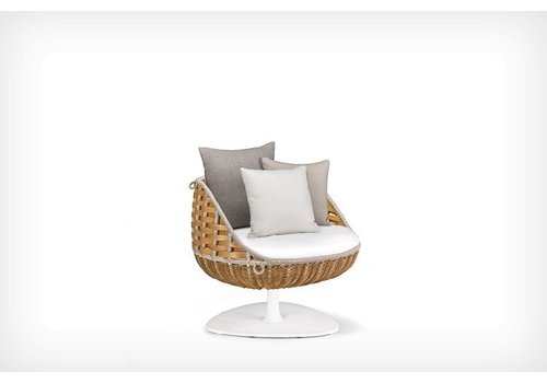 DEDON SWINGREST COLLECTION LOUNGE CHAIR WITH ROTATING BASE