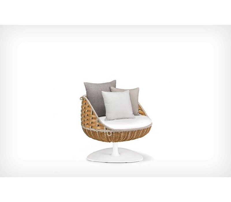 SWINGREST COLLECTION LOUNGE CHAIR WITH ROTATING BASE