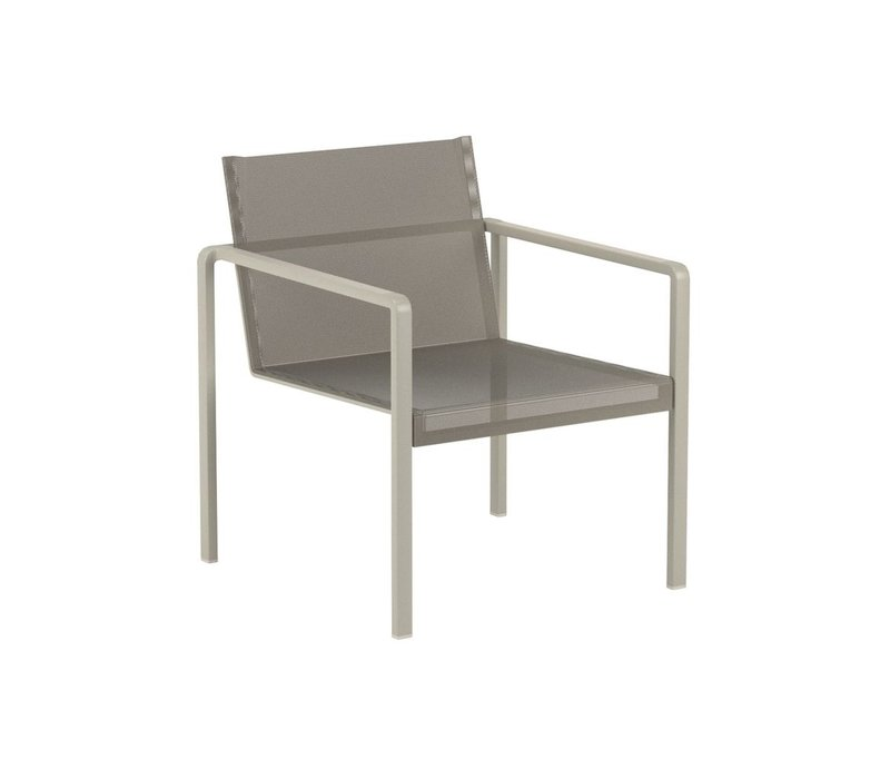ALURA LOW LOUNGE CHAIR - ANTHRACITE WITH BLACK BATYLINE