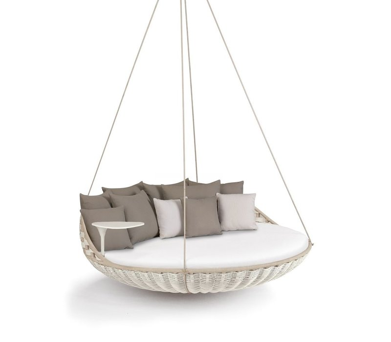 SWINGREST HANGING LOUNGER IN CHALK