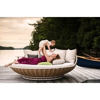 SWINGREST STANDING LOUNGER IN COLOR NATURAL