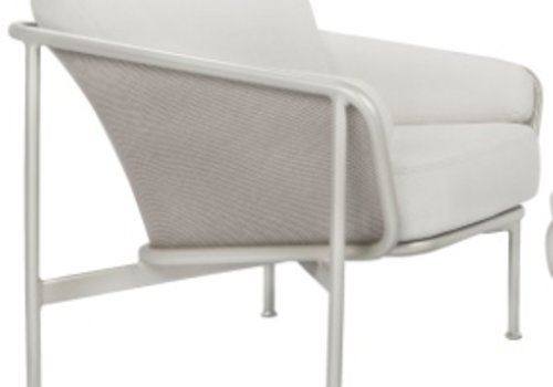 BROWN JORDAN VERGE LOUNGE CHAIRS WITH CUSHIONS IN GRADE A FABRIC