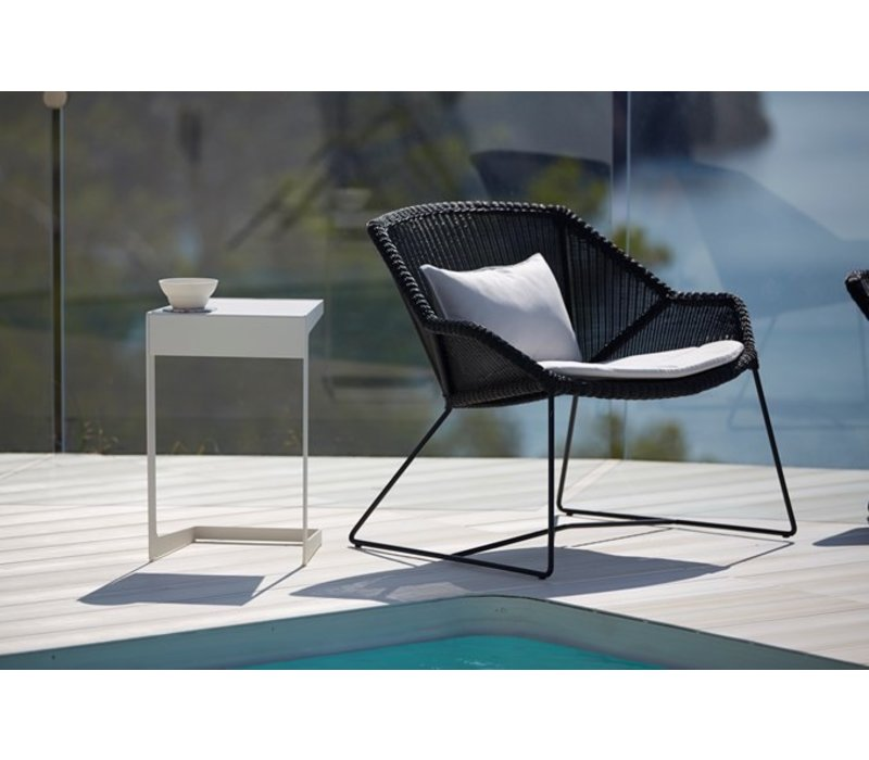 BREEZE LOUNGE CHAIR IN BLACK CANE-LINE FIBRE