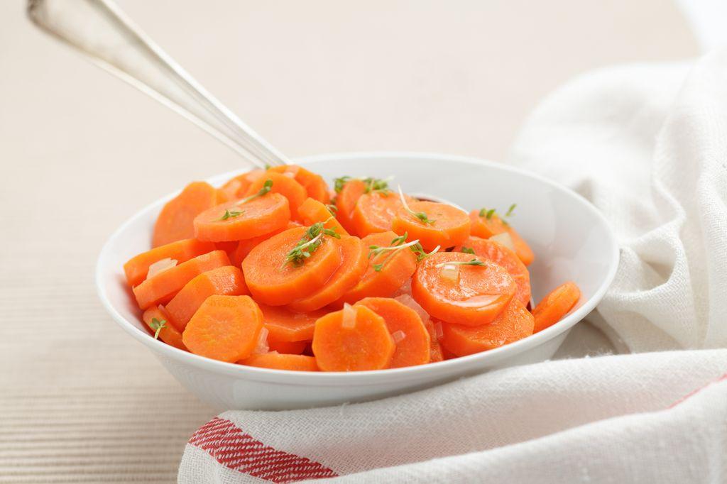 Ginger Glazed Carrots (2-3)