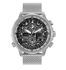 Citizen Navihawk A-T<br />MOVEMENT: ECODRIVE<br />FUNCTIONS: ATOMIC TIME KEEPING/5 TIME ZONES/PERPETUAL CALENDAR<br />CRYSTAL: ANTI REF SAPPHIRE CRYSTAL<br />CASE: STAINLESS STEEL TWO TONE<br />BRAC: STAINLESS STEEL TWO TONE<br />DIAMETER: 42MM<br />WATER RESIST: 200M/666FT/20BAR<br />WARRANTY: LTD 5 Y