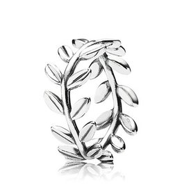 Pandora Laurel Wreath