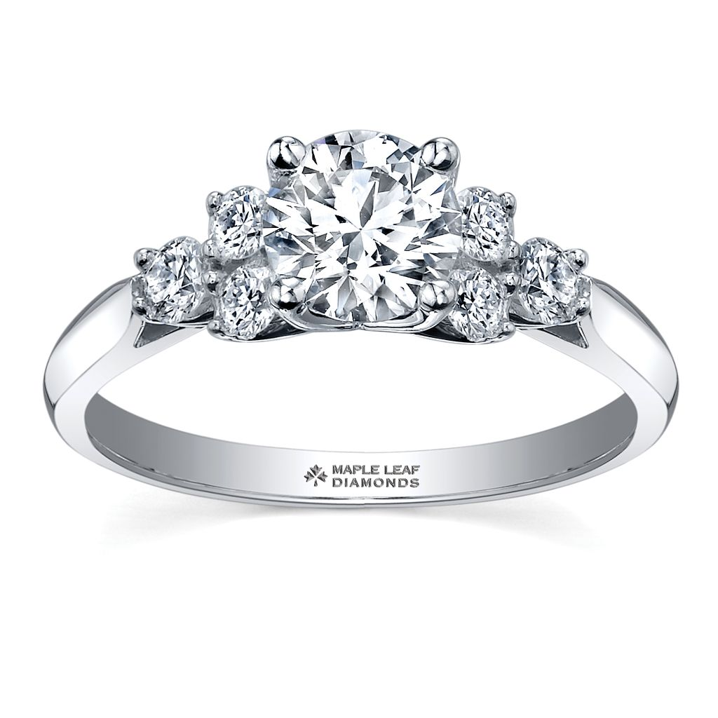 solitaire engagement cut canadian p princesscut certified gold in ct princess ring white diamond v
