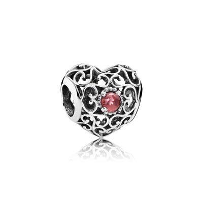 Pandora January Heart, Garnet