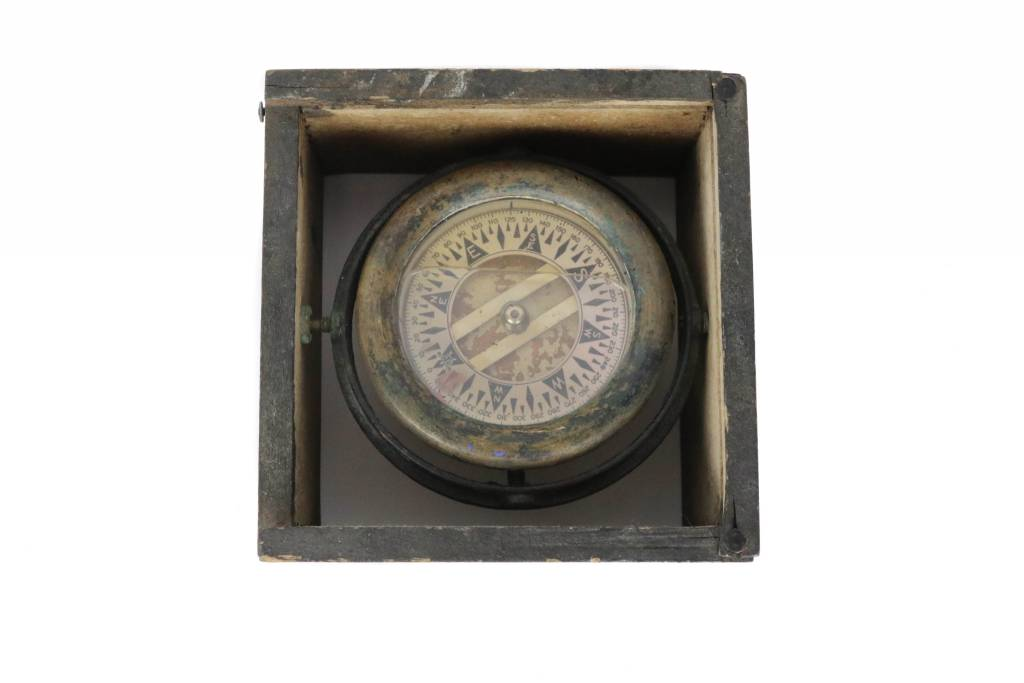 Antiques WWII Marine Gimbal Compass