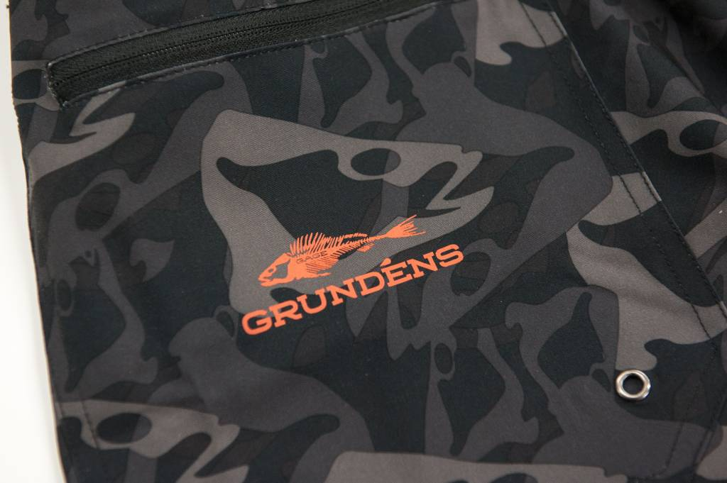 GRUNDENS FISH HEAD SHORT