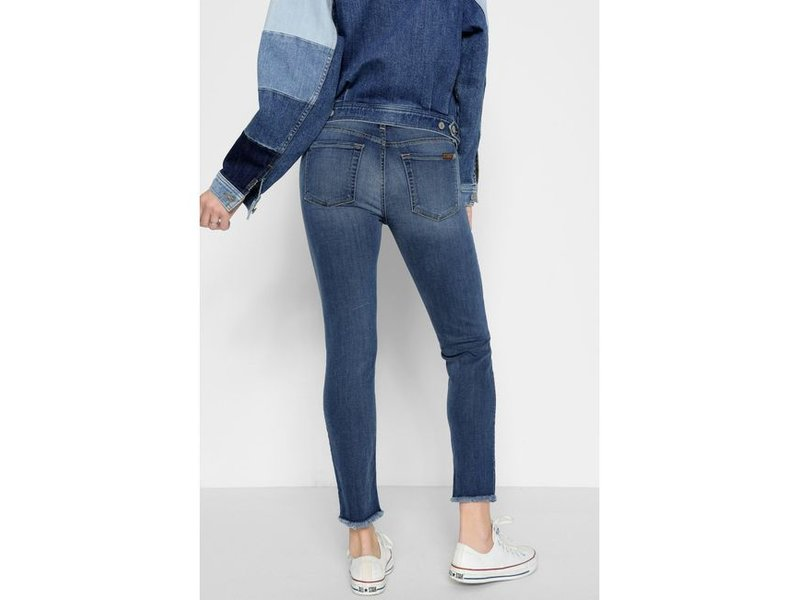 7 For All Mankind The Roxanne Ankle with Frayed Hem