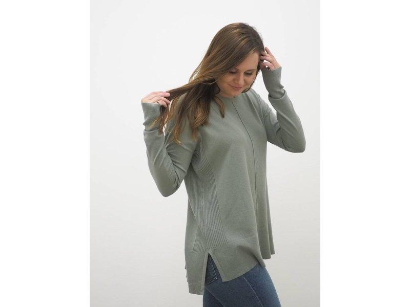 Center Seamed Sweater