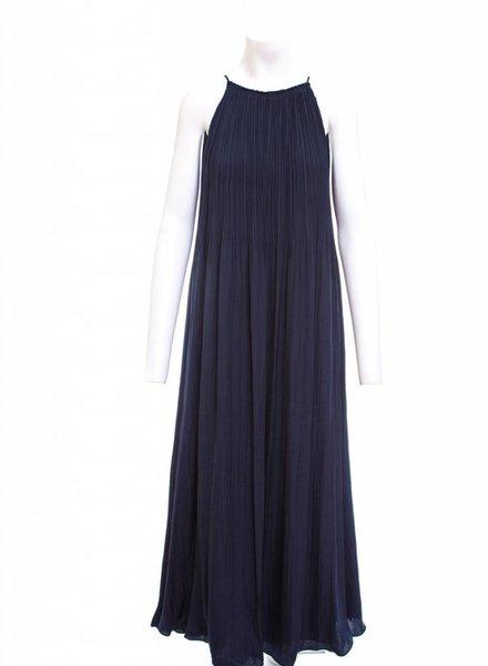ELIZABETH & JAMES Orra Long Pleated Dress