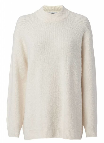 ELIZABETH & JAMES JOSETTE OVERSIZED BOUCLE PULLOVER