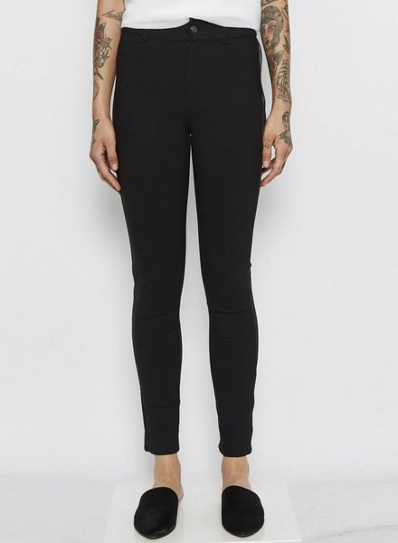 Elaine Kim QUINLEY TECH STRETCH JEANS W/ LEATHER PIPING