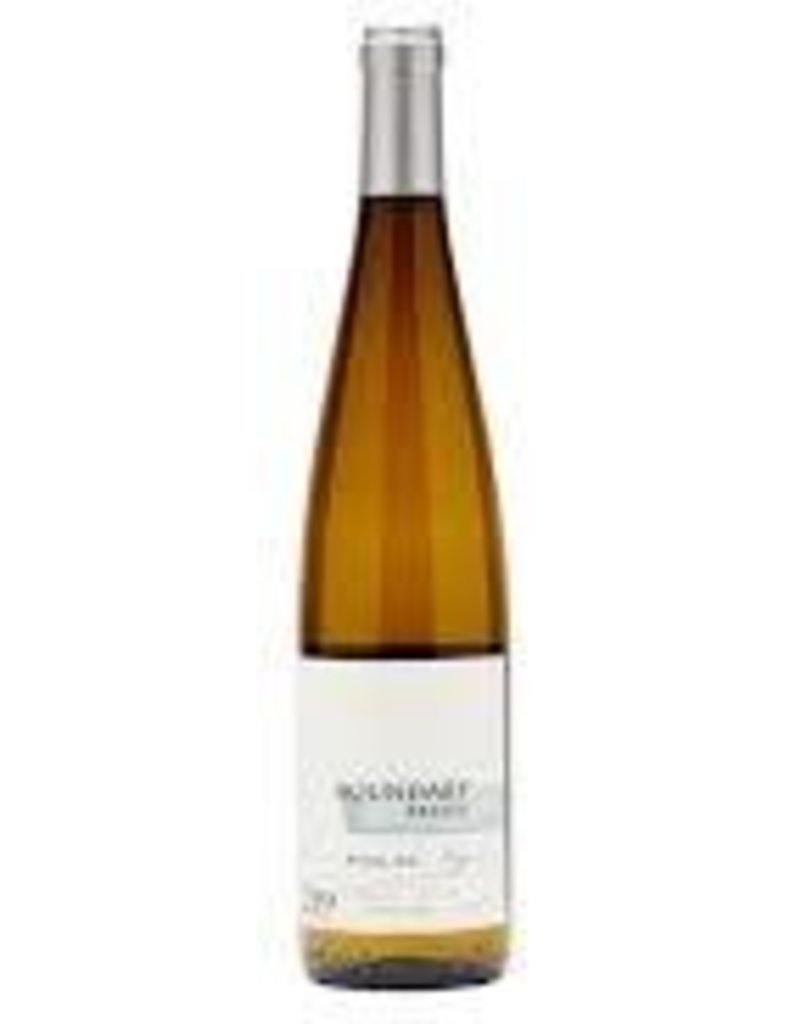 Boundary Breaks Dry Riesling