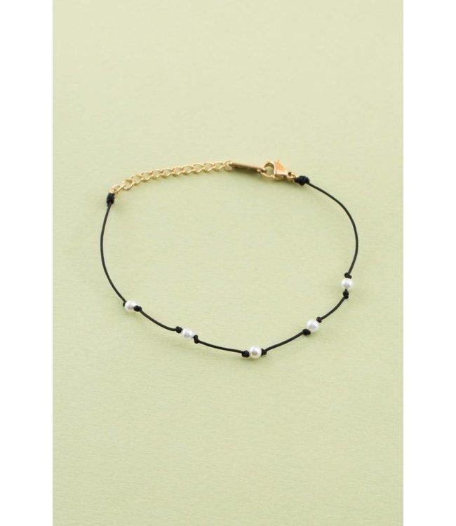 Lovoda Pearl Cord Bracelet