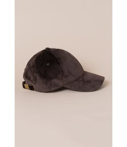 Lovoda Velvet Baseball Cap - Brown
