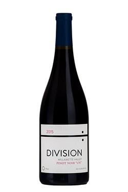 Wine Division Pinot Noir Un Willamette Valley 2015