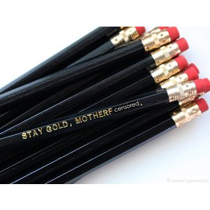 Mature Pencil Black Stay Gold