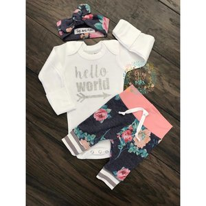 Gigi and Max Newborn Outfit Pink/Navy Floral