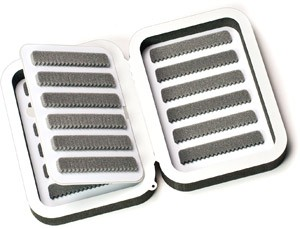 C&F DESIGNS ULTRALIGHT SMALL 12 ROW FLY BOX WITH FLIP PAGE
