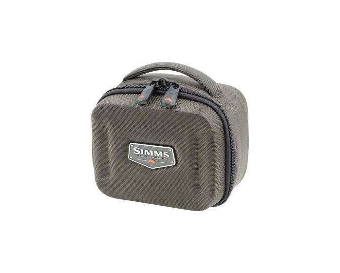SIMMS SIMMS BOUNTY HUNTER REEL CASE - SMALL