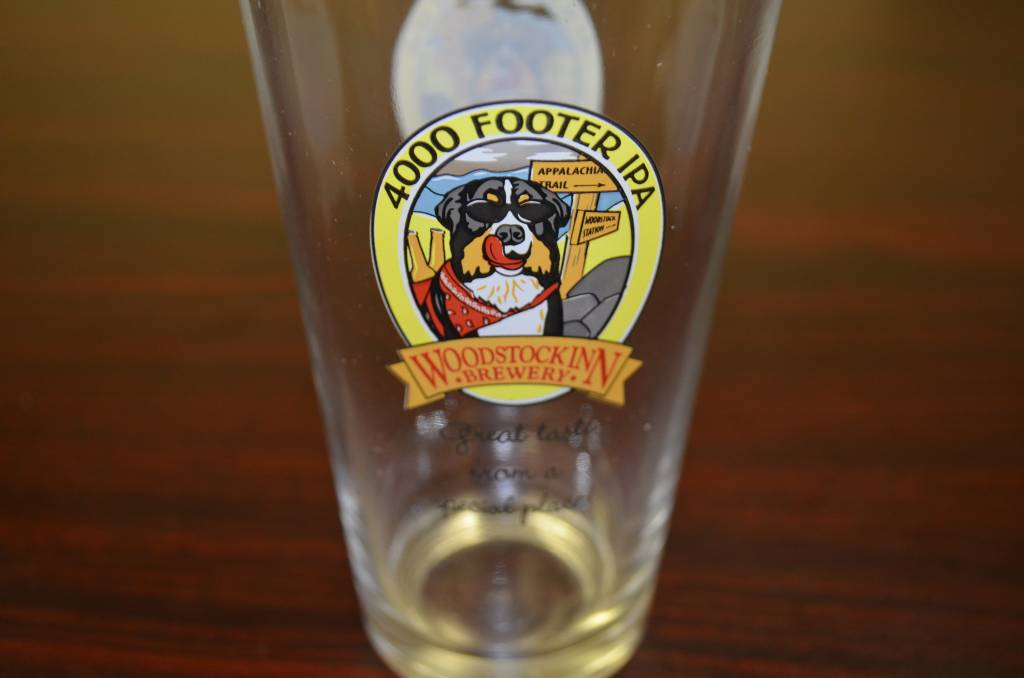 4000 Footer IPA Pint Glass