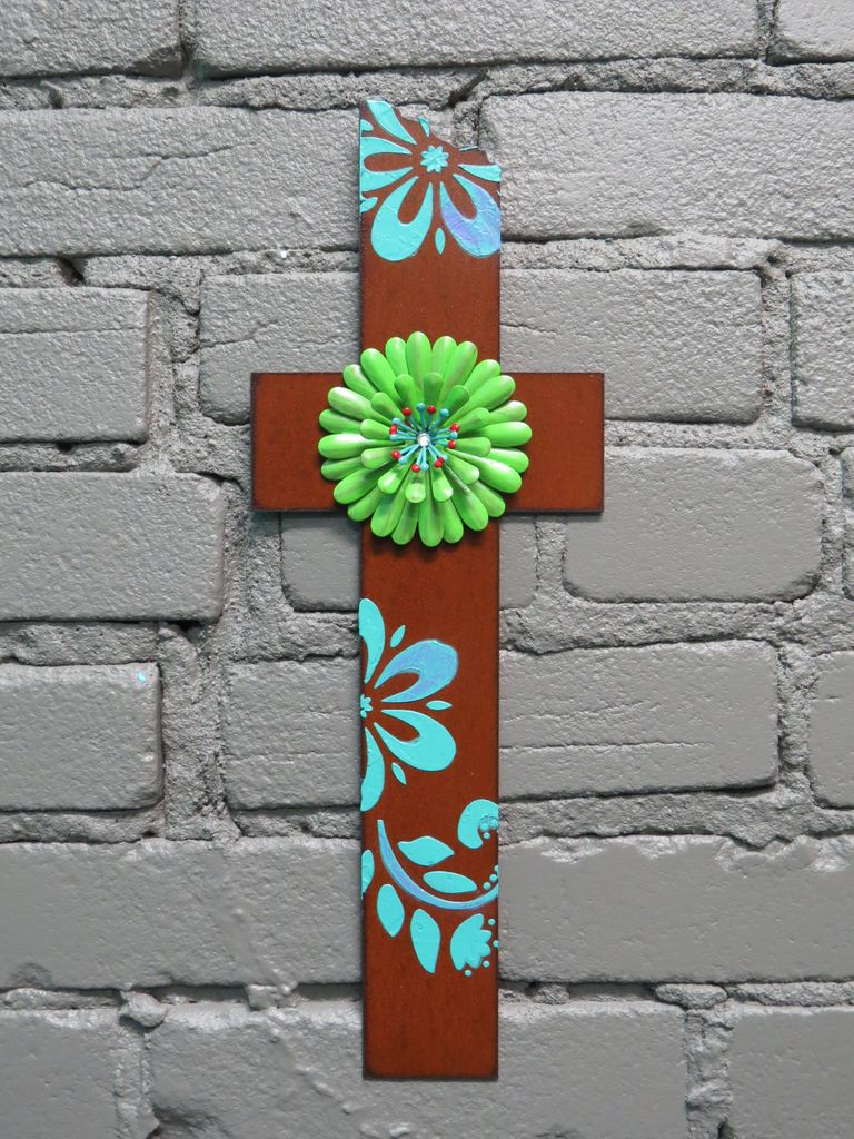 Decor Cross Stencil Lime Flower