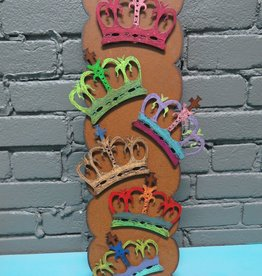 Magnet Painted Crown Magnet