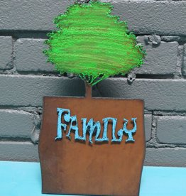 Decor Tree Frame w/ Family