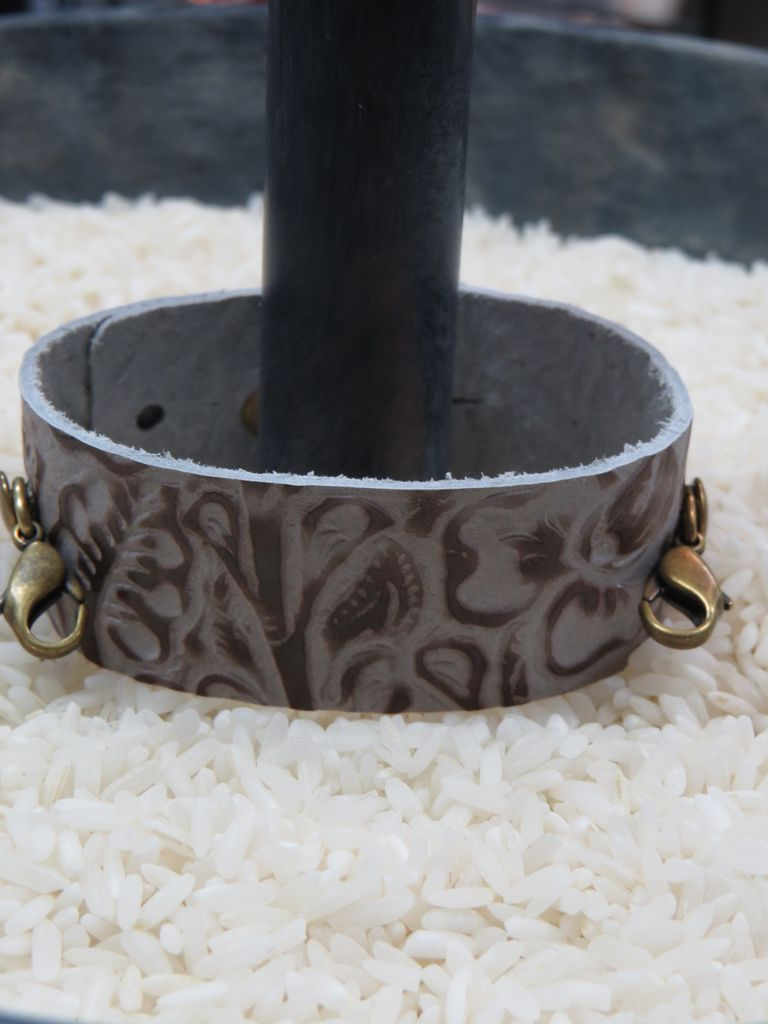 Jewelry Emboss Taupe Thin Leather Cuff